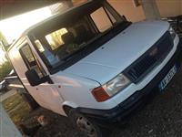 Shes 2 kamioncina LDV   Vetshkarkuse viti 2001