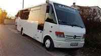 Mercedes 815 Mediano