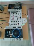 SHITEn PIONEER CDJ 200 mixer beringer vmx 400