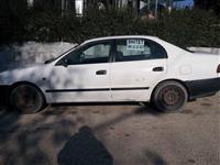 Toyota Carina benzin -96