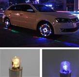 4 Drita per gomat e makinave