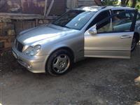 Mercedes-benz c220 02