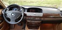 Shitet BMW 730 D viti 2008