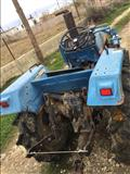 Traktor 22 4x4