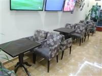 Karrige dhe tavolina poltrone