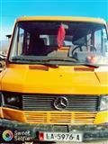 Kamion Mercedes 207