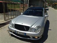 Mercedes E320 -05