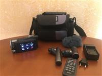 Sony HDR-CX700V High Definition Handycam Camcorder