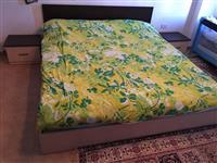 Krevat me Komodina dhe Komo