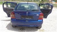 Opel Astra 1.7 nafte viti 2003