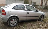Opel Astra 1.4 benzin gas  shitet ose nderrohet