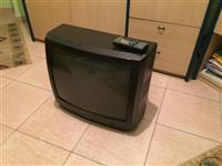 "tv Grundig 24"" + decoder digitalb tokesor"