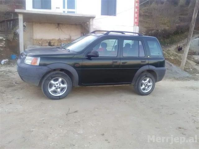 Land-Rover-8