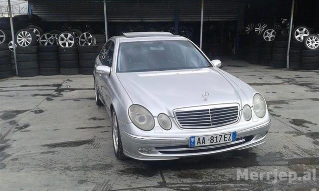 Mercedes-E270--04