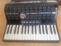 Firzamonike Roland Standard
