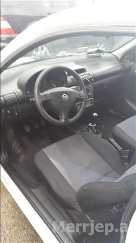 Opel-Corsa--00-1-0-benzine