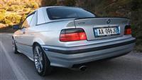 BMW 320i kabriolet