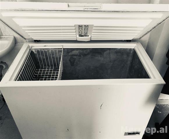 OFERTE--2-frigorifere---katabrike-per-akullore-
