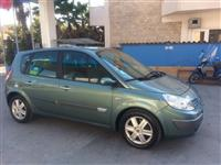2 Renaulta Scenic