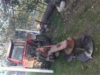 Traktor IMT539