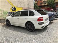Porsche Cayenne -04