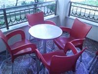 Karige+ tavolina