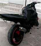 Kawasaki zx400 Shitet nderrohet