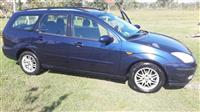 Ford Focus 1.8 nafte -02