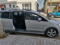 Mazda,ndrohet  me makine kambio automatike
