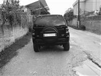 Shitet jeep