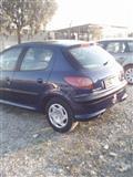 Peugeot 206 benxin 1.4 viti 2003