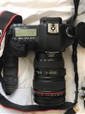 Canon 5D Mark 2 me të gjitha pajisjet e shikuara d