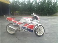 Yamaha 400cc