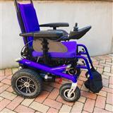 Karroce me bateri per invalid e te moshuar