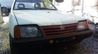 Opel ascona 1.6 benzine