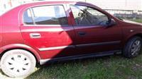 Opel Astra 1.6 benzin viti 99