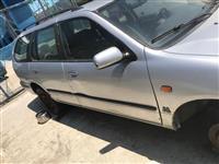 Nissan primera 1998 per pjese