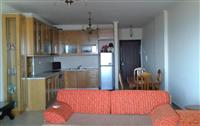 Shitet apartament me pamje deti ne Sarande
