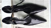 Këpuc me taka (15 mij lek të vjetra)