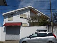 Shitet shtepi private 2 kate ne Ndocej 130000 Euro