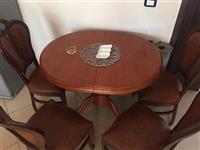 Tavolin me 4 karrike ne gjendje shum te mire