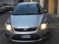 Ford focus titanium 16 naft vit 2008 full options