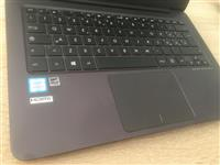 Asus Zenbook,i7-6500,8ram,256ssd, 540 euro