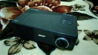 Projektor Acer Full HD 350 mij lek
