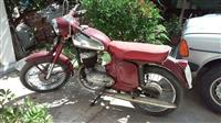 Motorr Jawa 250cc