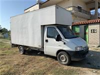 Kamionçino e mbuluar 3.5t. Ideale per transport madhrash