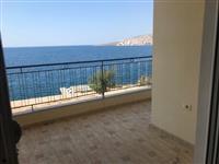 Apartament 1+1 vija e pare,pamje ballore nga deti
