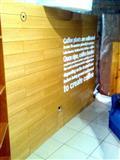 oferte. Strukture/ Veshje muri bar kafe.