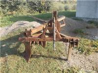 Plug i modifikuar per traktor me zinxhire