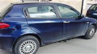Alfa Romeo 147 viti 2005